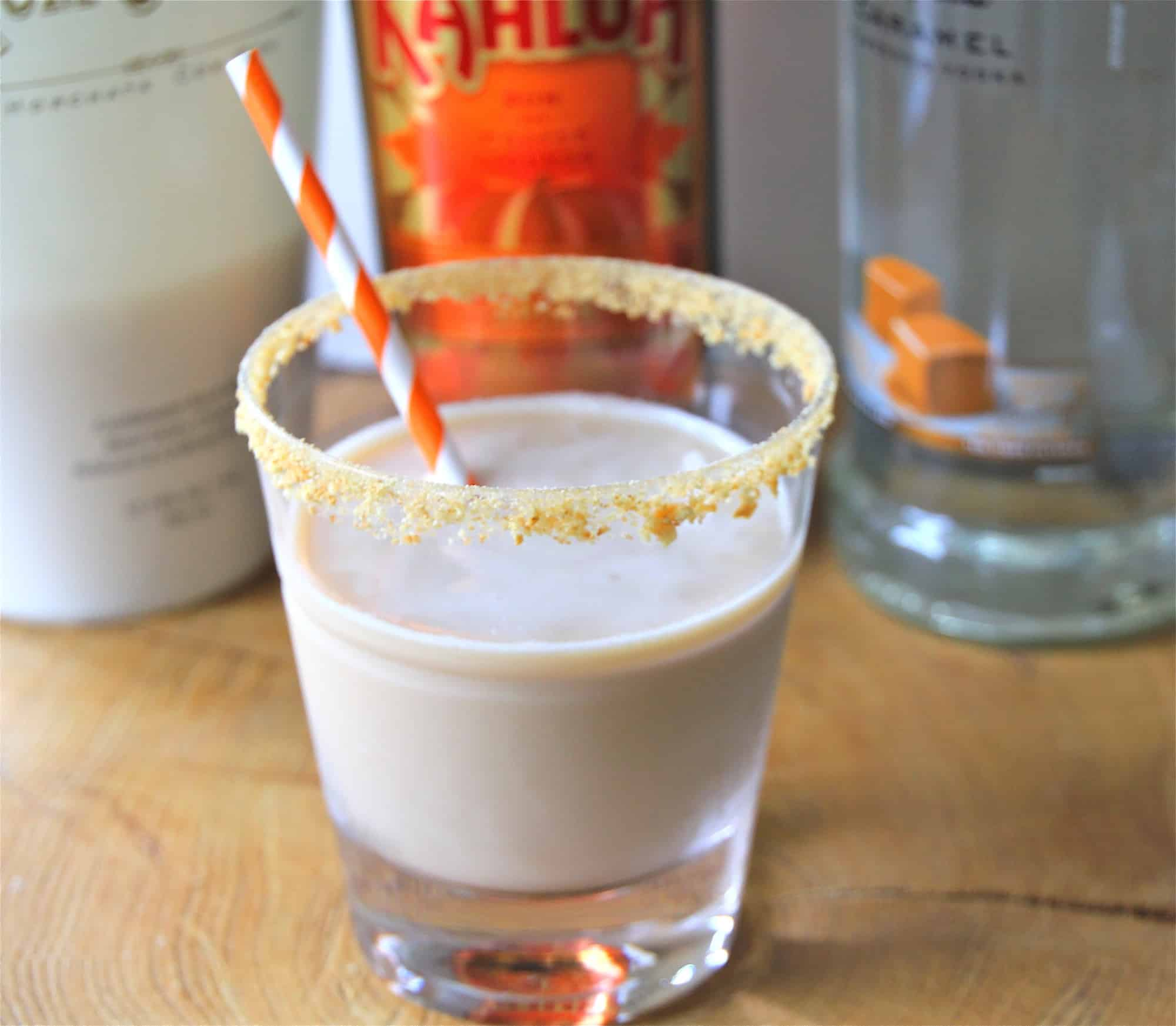 CInnamon spiced pumpkin pie kahlua cocktail