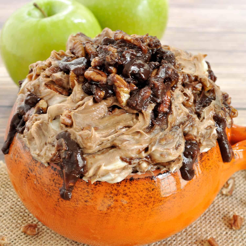 Chocolate bourbon pecan pie dip