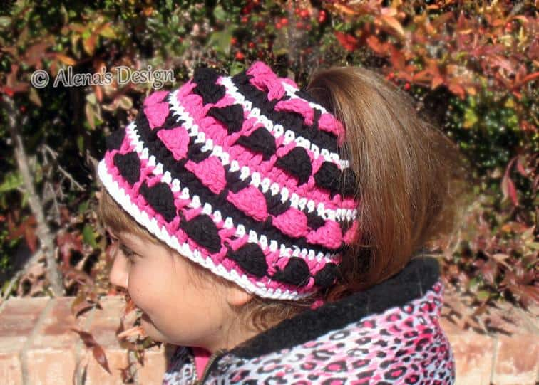 Colour work ponytail hat
