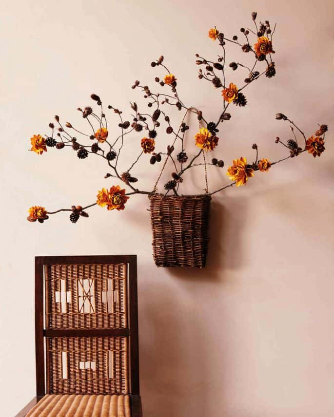 Drid flower and branch wall basket