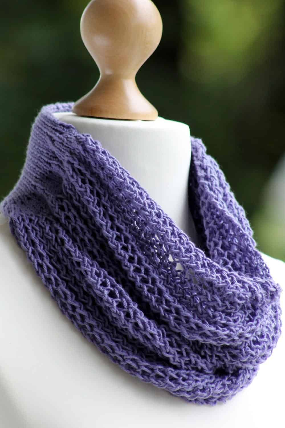 Gorgeous Grape cowl