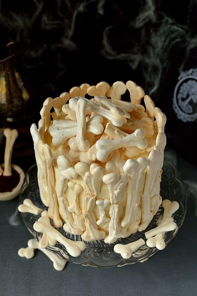 Meringue bone garden cake