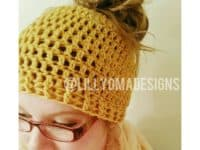 Meshy messy bun hat 200x150 Homemade Headgear: Crocheted Messy Bun Hat Patterns