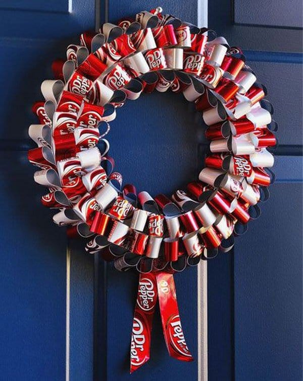 Metal loops pop can wreath