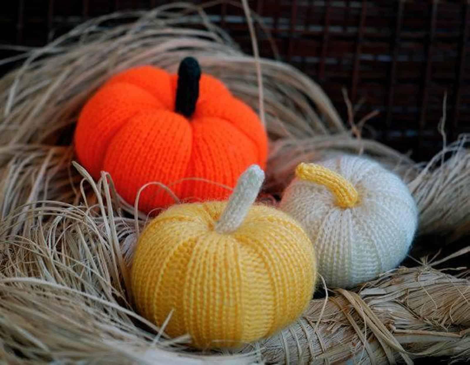 Mini stuffed Halloween pumpkins