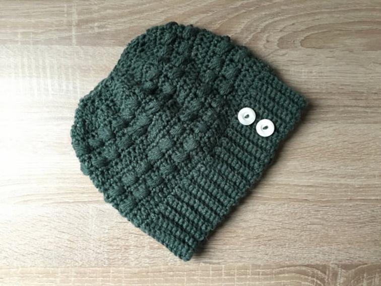 Puff bun hat