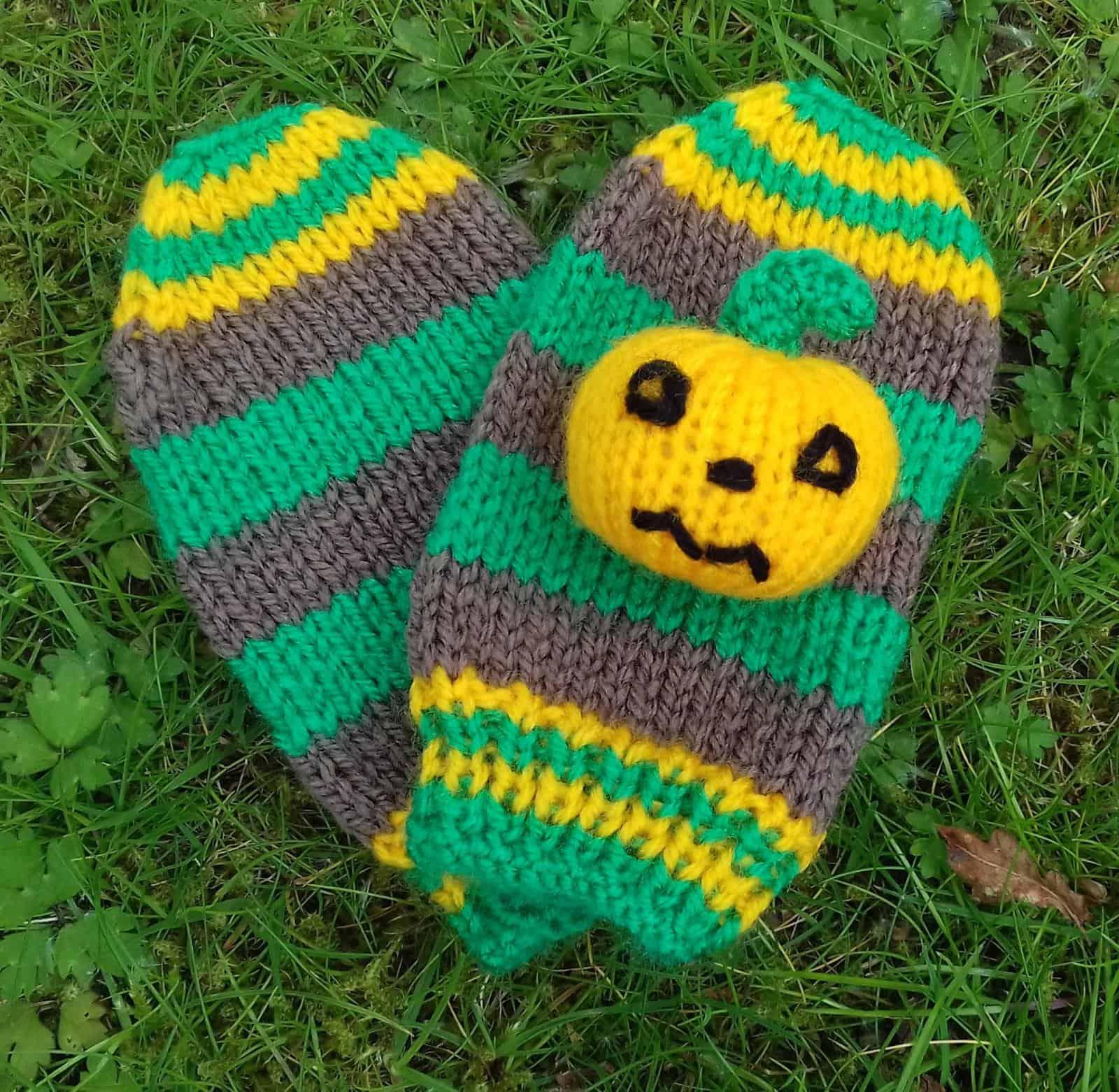 Pumpkin Patch mittens