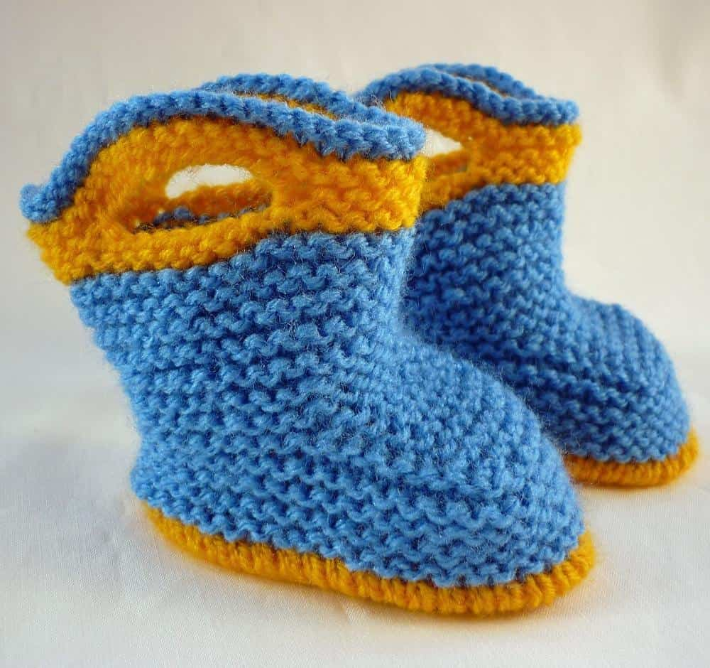 15 Cute Knitted Baby Booties Patterns for Fall