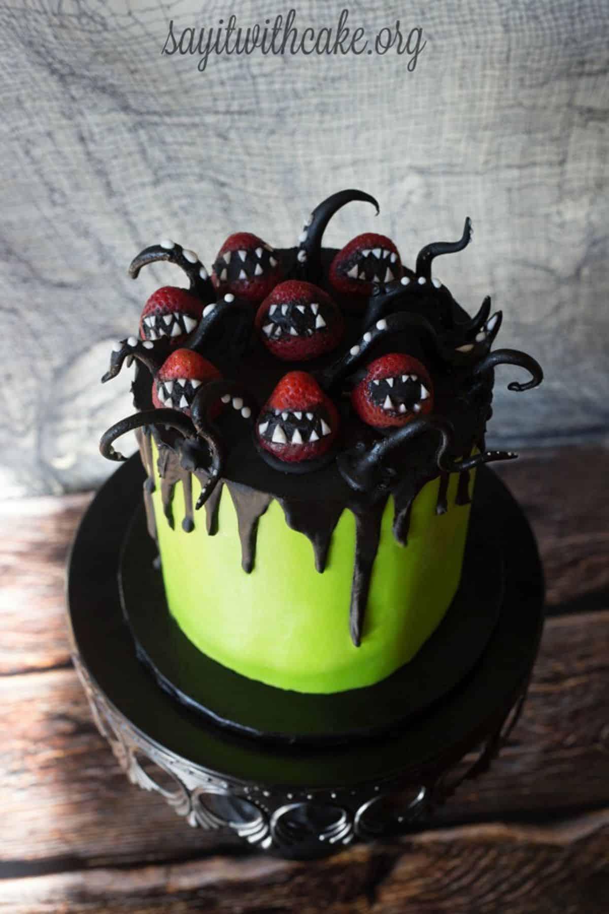Strawberry monster cake