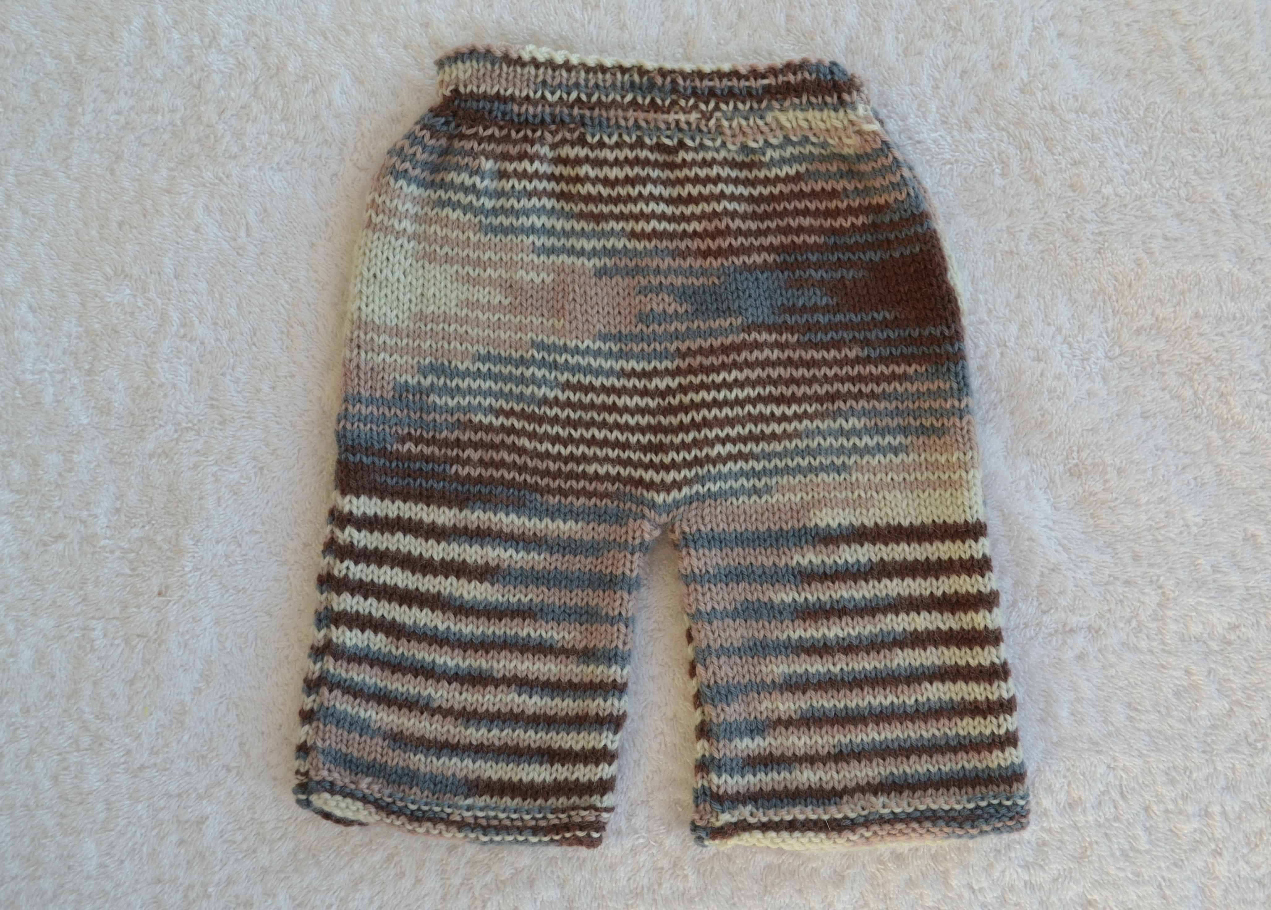 Striped and variegated leggings