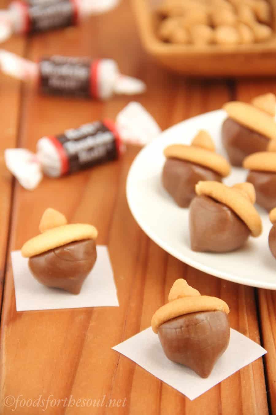 Tootsie Roll acorns