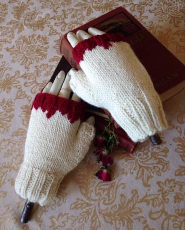 Vampire victim fingerless mitts
