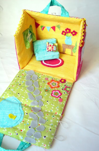 Cute fabric dollhouse