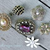Glittering Upcycling: 14 Unique Ways to Reuse Old or Broken Jewelry