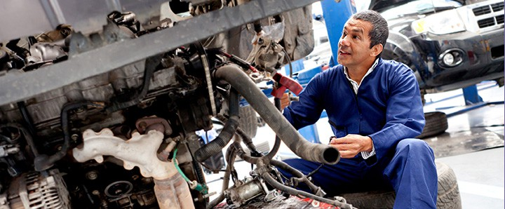 Have your seasonal car maintenance done before snow comes