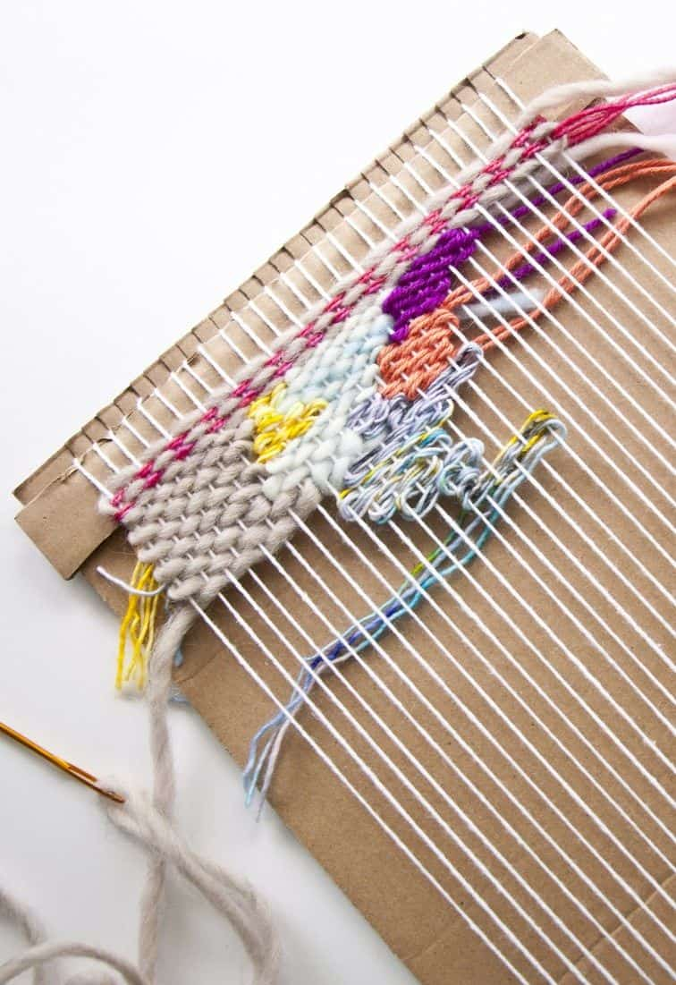 How to make a cardboard loom