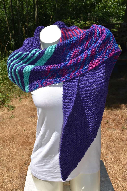 Large ultraviolet knit wrap