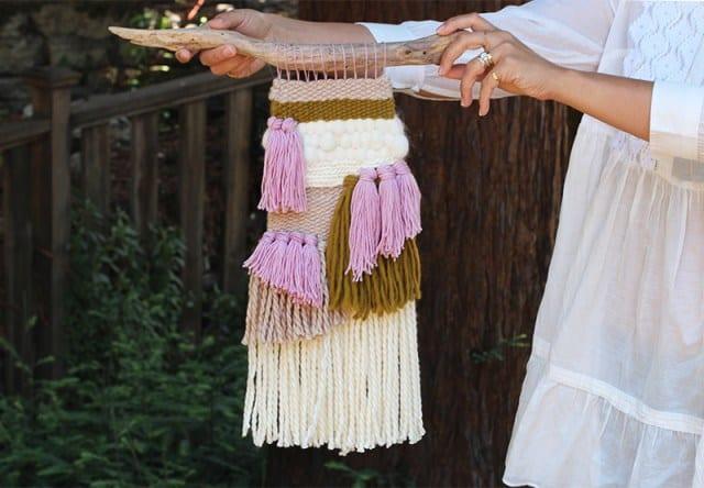 Multi-levelled fringe and tassel weaving