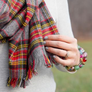 Staying Warm and Stylish: Trendy DIY No-Sew Scarves
