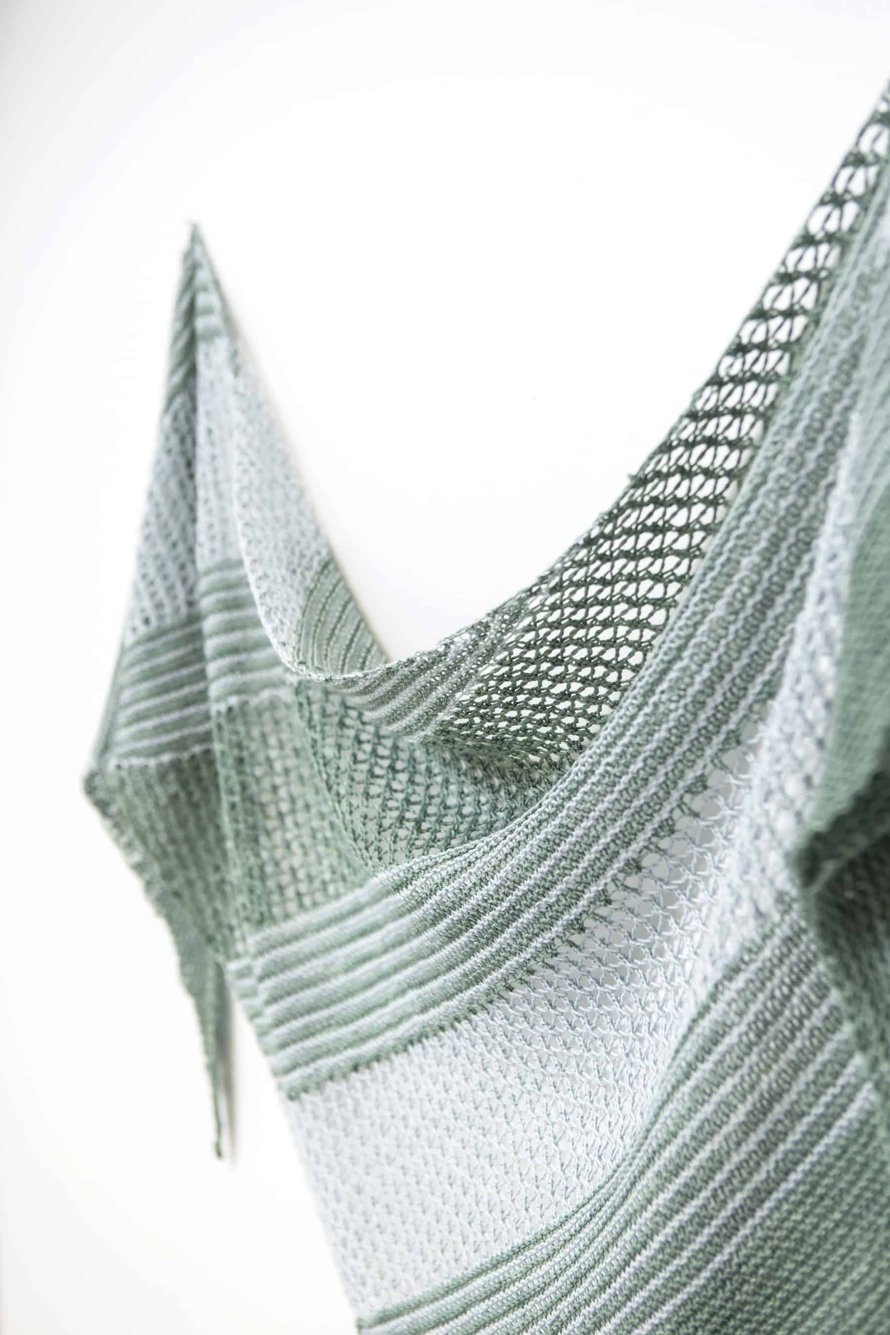 Seagrass shawl