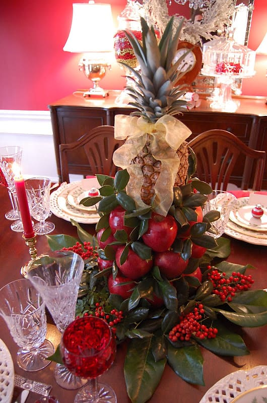 Colonial Williamsburg centrepiece