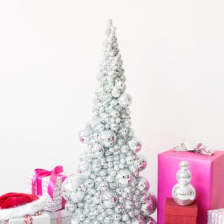 Finding Your Style: Awesome DIY Christmas Tree Alternatives