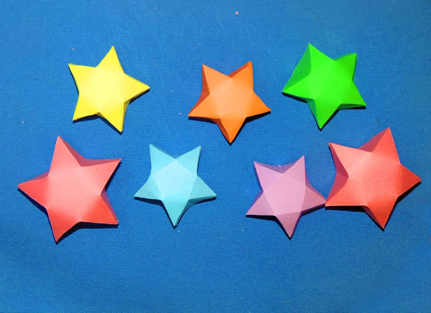 Miniature wrapping paper origami stars