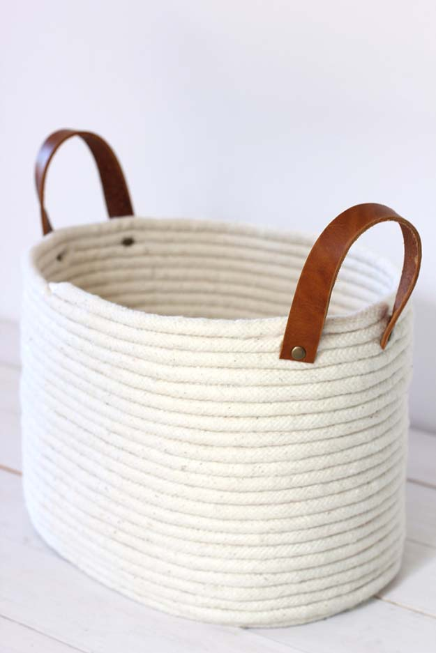 No-sew coiled rope baskets