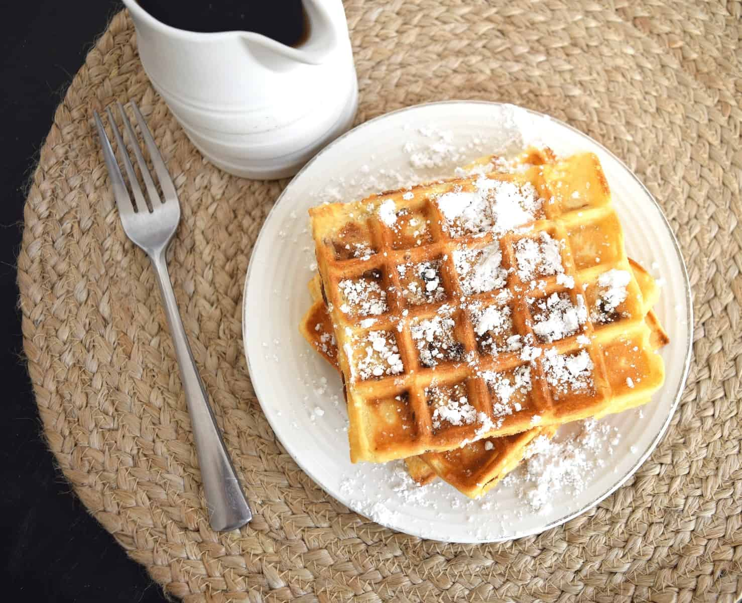 Bacon waffles with powdered sugar
