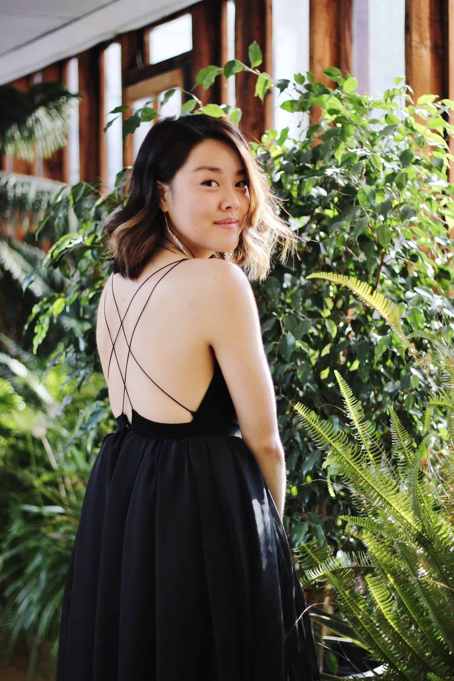 DIY chiffon dress with delicate cross straps