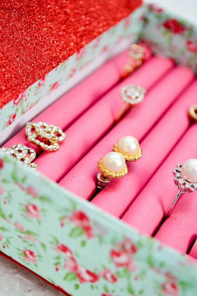 DIY jewelry box for many rings