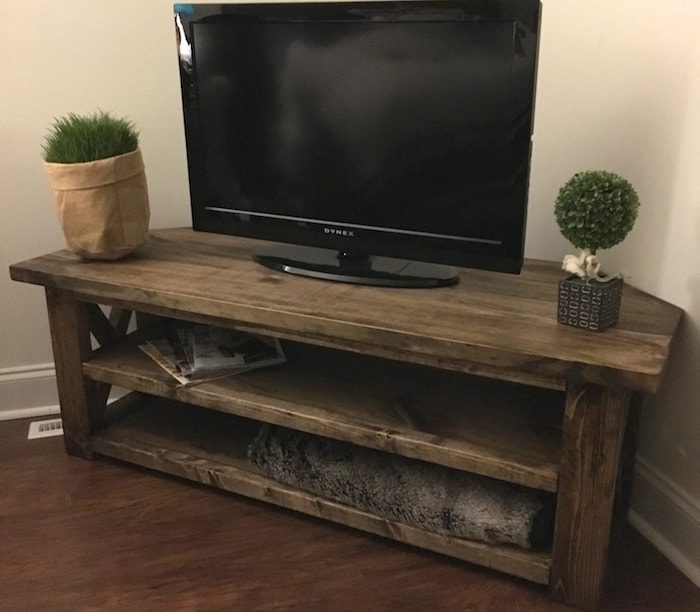 DIY wooden corner media centre