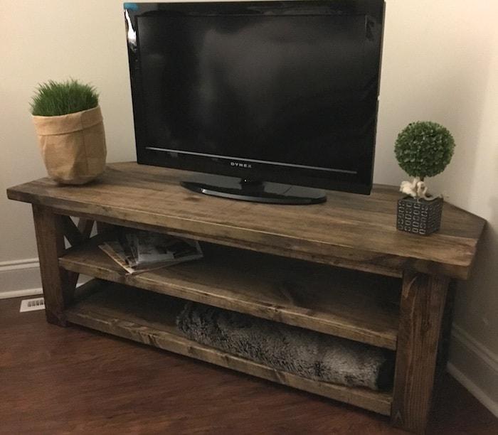 DIY wooden corner media centre