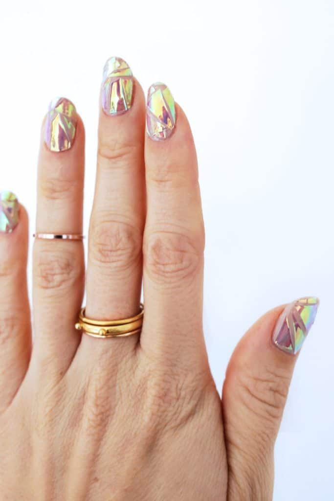 Holocraphic shatter nails