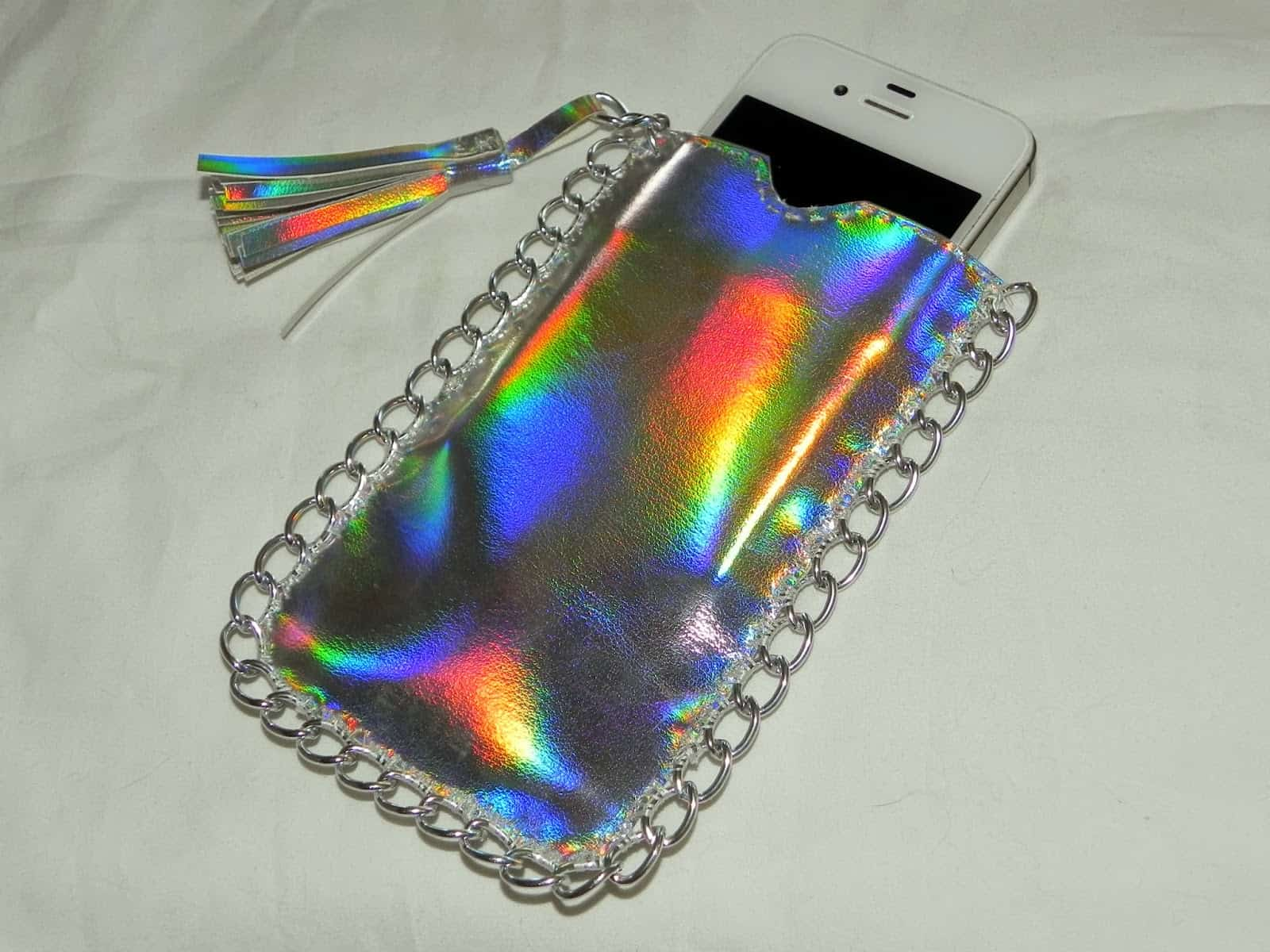 Holographic phone pocket