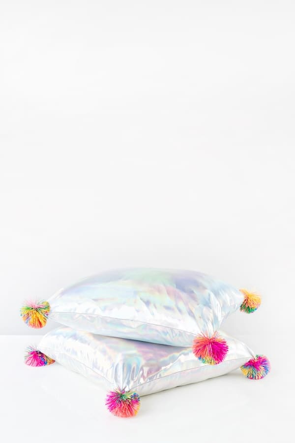 Holographic pillows