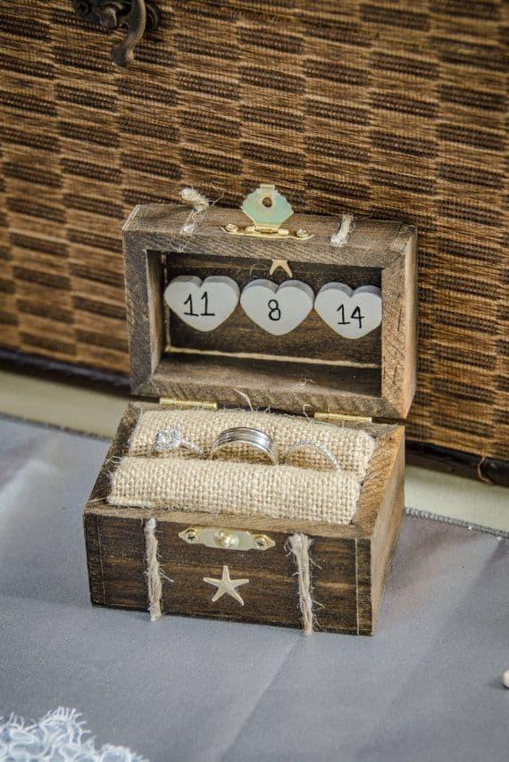 Rustic seaside ring box