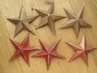 Festive pop can stars 200x150 Recycle for a Greener Tomorrow: Amazing Things to Do with Empty Tin Cans