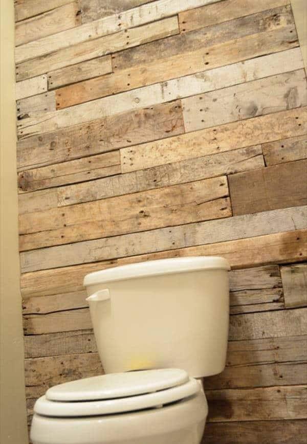 Rustic wood pallet bathroom wall