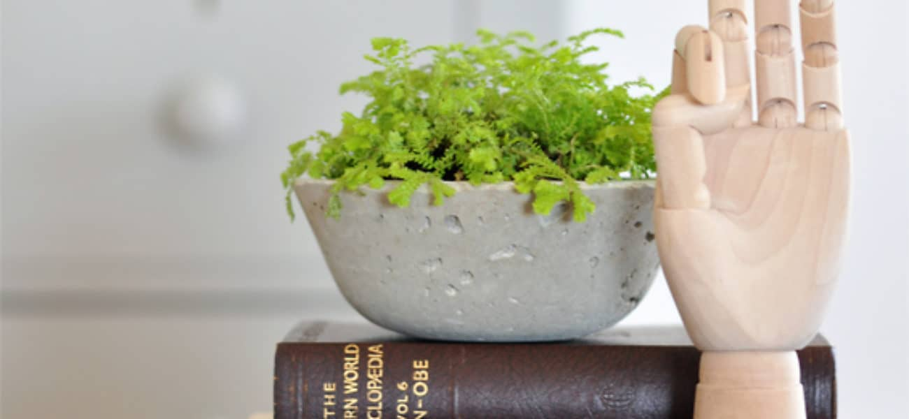 Sturdy and Trendy: 15 Crafts and Home Projects Made Using Cement