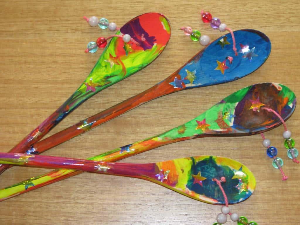 Wooden spoon and bead den den drums