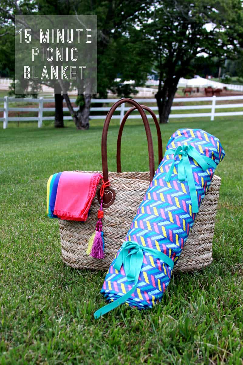 15-minute rolling picnic blanket