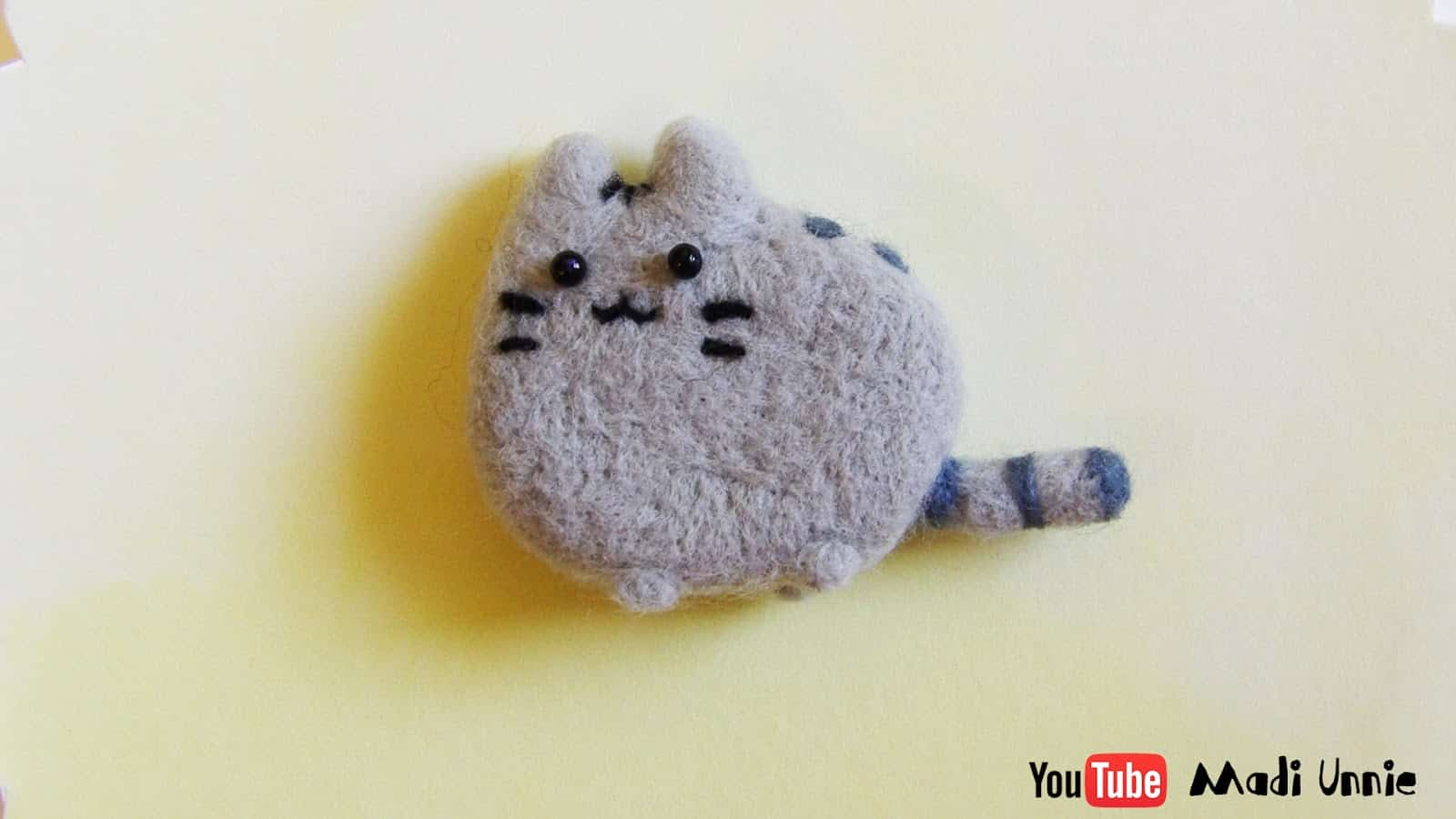 Easy Pusheen felted plushie