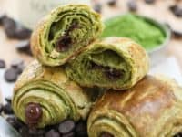 Matcha croissants 200x150 Finding the Right Flavors: 15 Sweet Treats Made with Tea