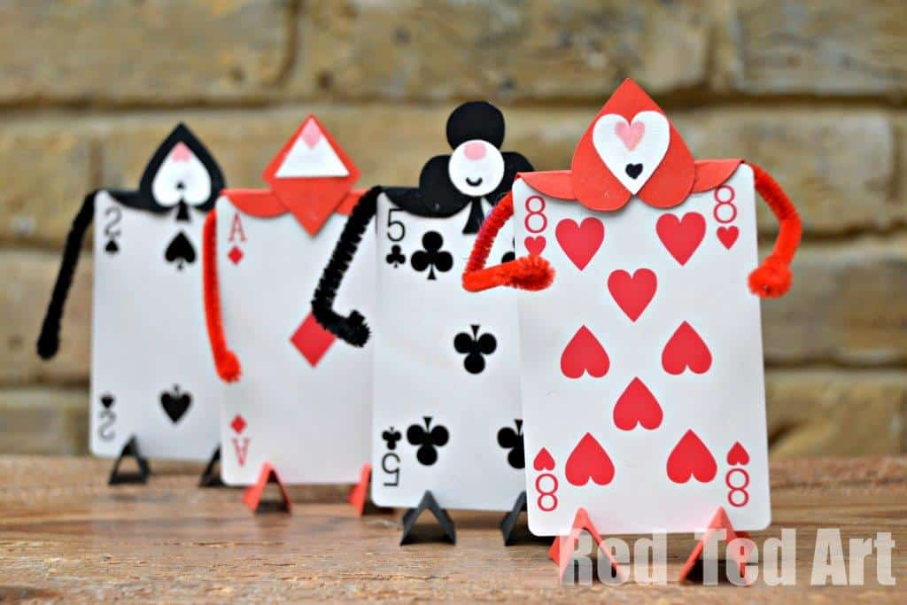 Playing card Alice in Wonderland soldiers