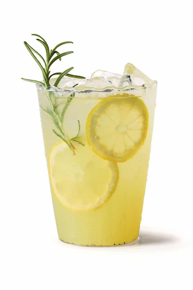 Spring gin lemonade
