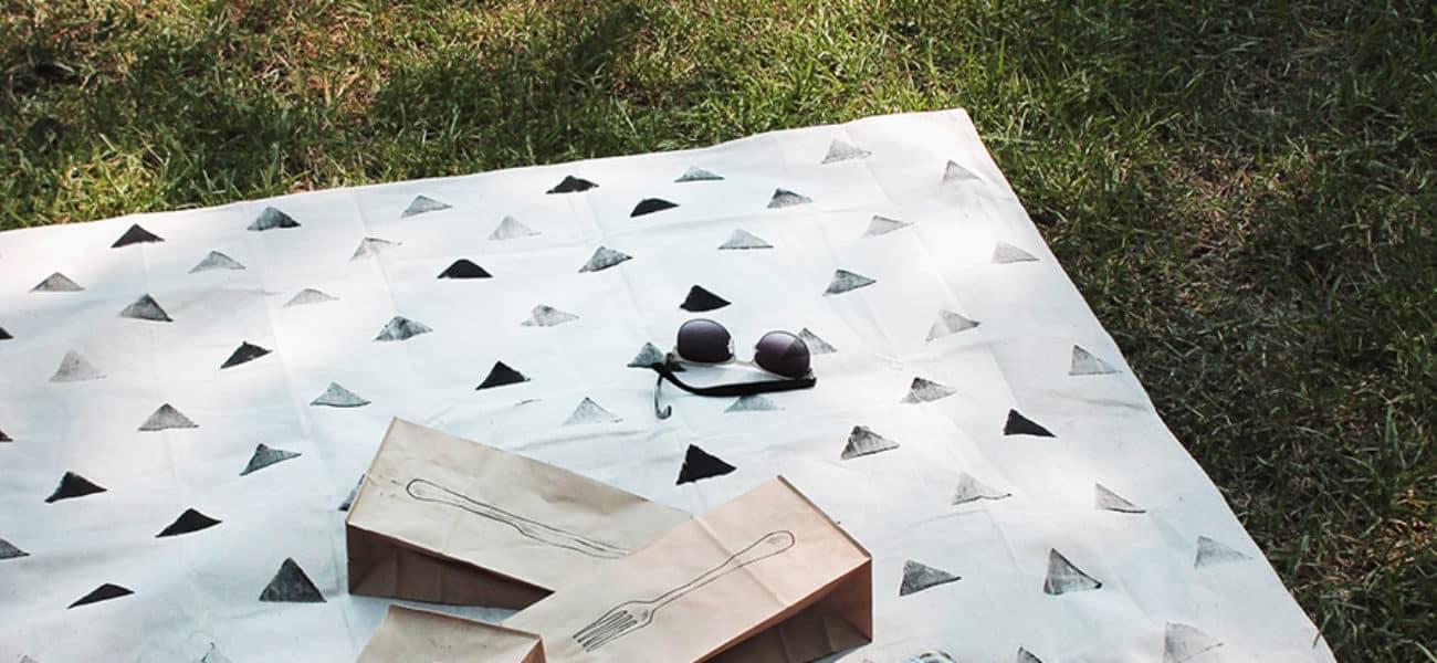 For the Sunnier Days: 15 Best DIY Picnic Blanket Tutorials