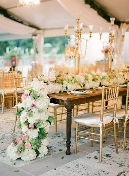 Breathtaking floral bouquet table runner