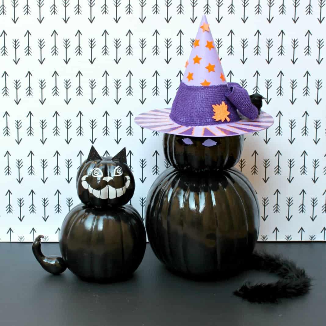 Cat pumpkin decor