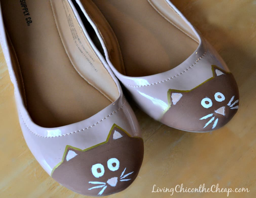 Cute DIY kitty flats